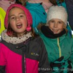 "Die Kinder der Pirmarschule Mosnang singen ""Bloss e chlises Dorf"""